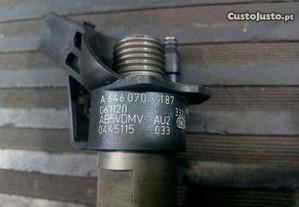 injector a6460701487 mercedes