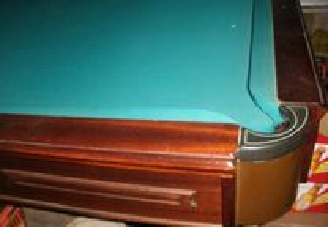 Mesa de Snooker Ferreira da Costa de origem no