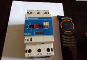 Dijuntor trifásico térmico 16/25 AMP