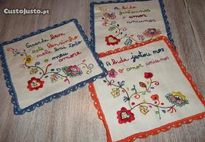 lenços de namorados bordados à mão
