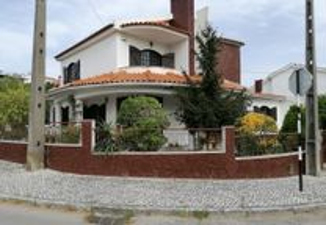 Moradia T6 310,00 m2