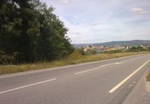 Terreno c/ 2 Hectares, junto à estrada nacional
