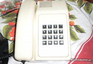 Telefone PT, em bom estado