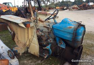 Trator-Caixa e diferencial Ford 6600 para peças
