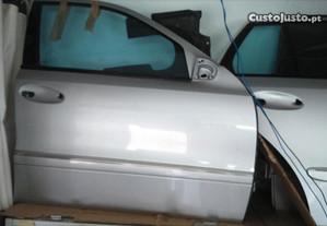 Porta Mercedes E W211 2005 frente direita