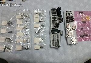 Lote de componentes eletrónicos