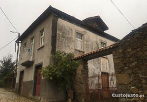 Moradia T3 320,00 m2