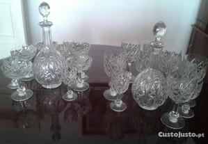 Cristal Baccarat 2 Garrafas 23Copos Modelo Colbert