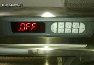 Camaras, e armários de frio ; Termostatos Digitais