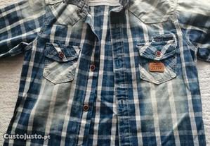 Camisa de rapaz