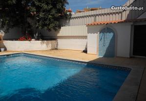 Casa com piscina privada, perto de tudo, para 12 p