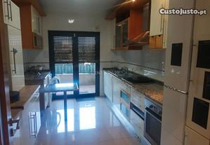 Apartamento T3 100,90 m2