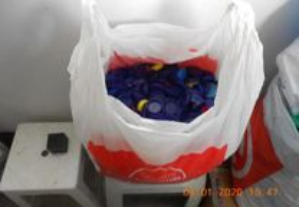 lote de tampas de plastico