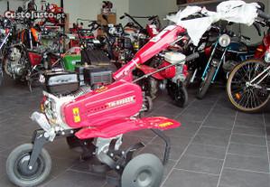 Moto-enxada Campeon 6,5 Cv 3vel