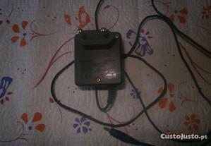 Carregador Nokia ficha grossa