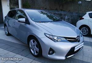 Toyota Auris Pack Sport 1.4 D4D - 13