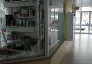 Loja em zona comercial, no centro de Valença