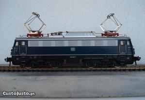 1 Locomotiva e 3 vagões - marca fleichman Para