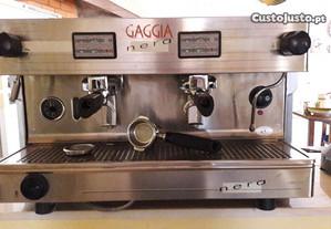 Máquina de café e moinho Gaggia