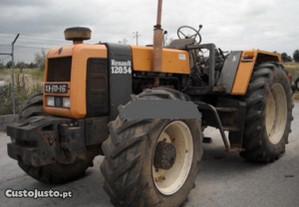 Trator-Renaut 120-54 para peças