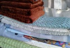 Atoalhados,toalhas edredons capas cortinados c etc