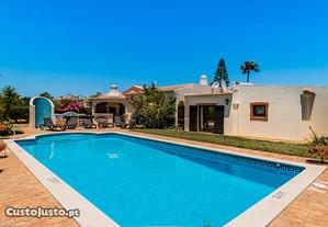 Vivenda Pallasia, Carvoeiro, Algarve