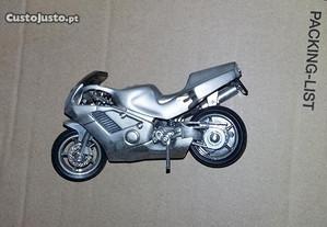 Moto com relógio