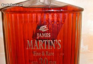 Garrafa Whisky James Martin 30 anos