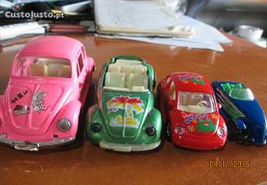 4 bonitas miniatura de carros