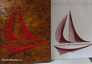 Barcos (stringart) sobre madeira
