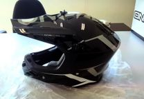 Capacete ONeal Serie 8 Blizzard - 100% NOVO