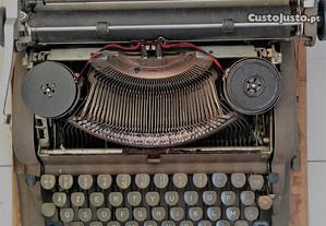 Máquina de Escrever - Underwood - Made in USA