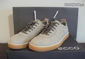 Sapatos Ecco CrepeTray femininos (Como NOVOS)