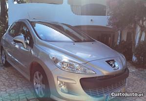 Peugeot 308 1.6 HDi Executive - 08
