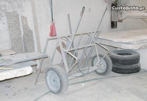 Carro de mão para transporte de chapas de granito