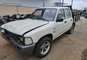 Toyota hilux 2.4D  ano 1992  para peças REF....