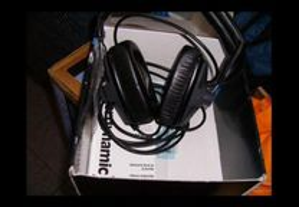 Headphones Beyerdinamics DT150 (para bateristas)