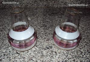 Dois vidros de candeeiro antigo