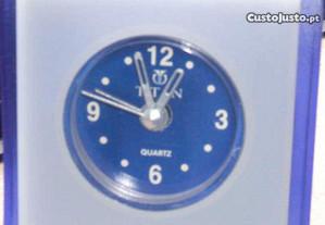 Relógio despertador TITAN - quartzo