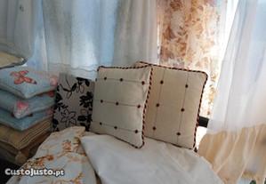 Têxteis atoalhados,colchas cortinas mantas etc