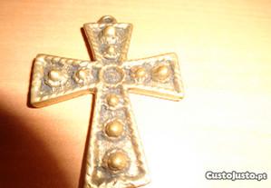 Cruz em Bronze para Cordão Oferta Envio