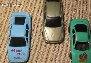 Carros pequenos p/ pistas, 3 carros - Usados