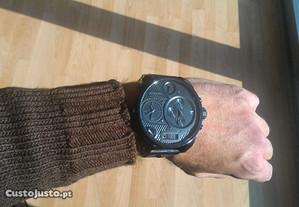 Relógio Diesel como novo.