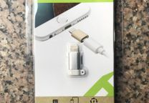 Porta-chaves adaptador Micro USB para Lightning