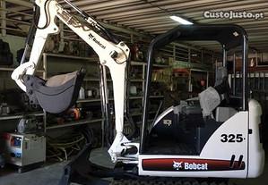 Mini giratoria - escavadora Bobcat 325