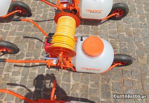 Pulverizador de Carrinho Triunfo de 60L a 2 Tempos