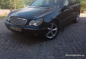 Mercedes-Benz C 220 Avantg - 01