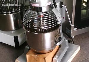Batedeira industrial 20 litros Monofásica NOVO