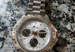 Relógio Lotus como novo