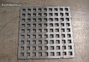 Estrado plástico p/balneario 500x500x23,5mm Novo